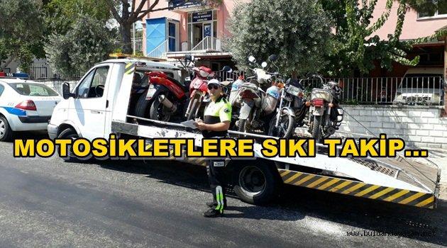 KURAL DIŞI MOTOSİKLETLER TOPLANIYOR.